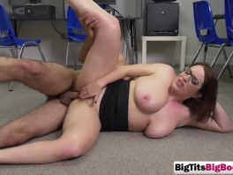 Ravenous huge titted brunette loves to get her cunt stuffed picture slut