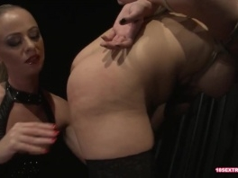 Babe Gets Her Cunt Banged in Bdsm Action picture slut