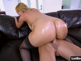 Fat ass blonde MILF in stockings with natural huge tits picture slut