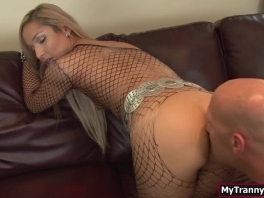 TS Khloe Hart enjoys getting analed by bfscock picture slut