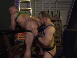 Muscular buddies fuck in the garage and enjoy it really well picture slut