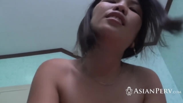 A lucky amateur dude in an amazing homemade threesome fuck with two ASian babes picture slut